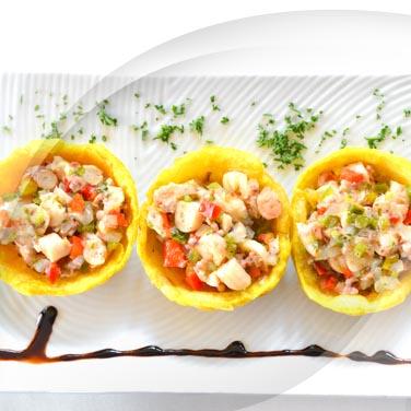 Insalata di mare con insalatina Polli